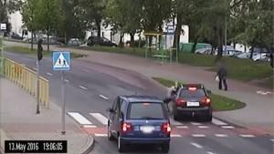 Elbląg: Potrącił chłopca na przejściu dla pieszych – nagranie ku…