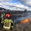Pożar na ul. Łąkowej. W pobliżu ogródków działkowych paliła się sucha trawa