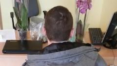 Włamał się do kwiaciarni. Ukradł laptopa i dwa storczyki