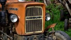 Pijany traktorzysta wiózł pasażera na zaczepie ciągnika