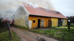Baranówka: Siedem zastępów straży gasiło pożar świetlicy