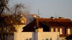Pożar dachu na ul. Krasickiego. Ratownicy błyskawicznie opanowali ogień