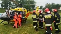 Groźny wypadek w pobliżu Pieniężna. Helikopter zabrał ciężko ranną…