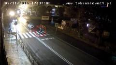 22-latek potrącił mężczyznę na przejściu dla pieszych. Nagranie…