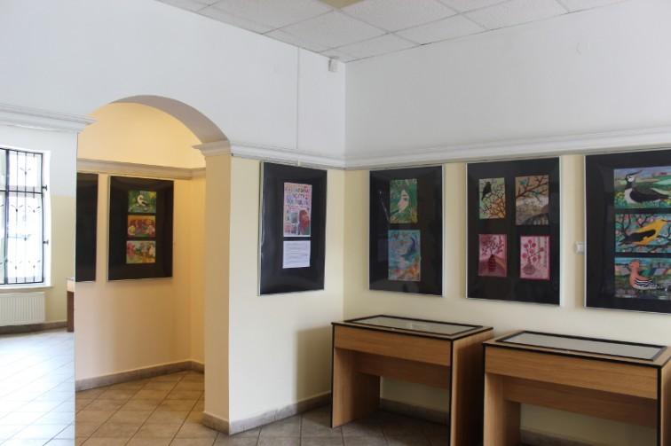 Kolorowy świat z tkanin i wyobraźni - MBP zaprasza na wystawę