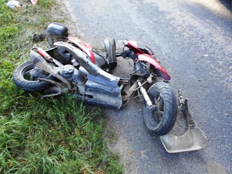 Wypadek w pobliżu Stępnia. Ranny motorowerzysta trafił do szpitala