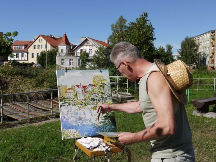 Malowali miasto i okolice. Za nami Międzynarodowy Plener Malarski – Braniewo 2018