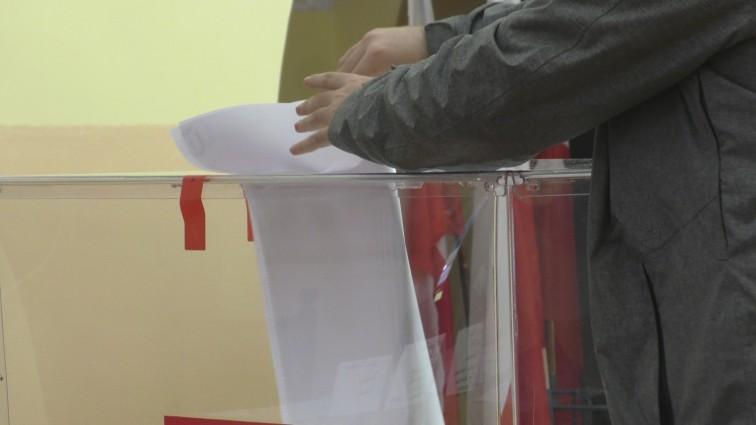 Lokale wyborcze zamknięte. Trwa liczenie głosów