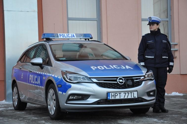Trzy nowe samochody trafiły do braniewskiej policji