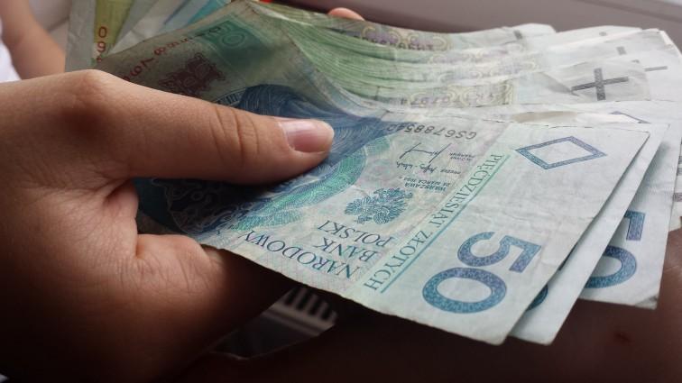 Nowe limity zarobków dla emerytów i rencistów. Sprawdź ile możesz dorobić
