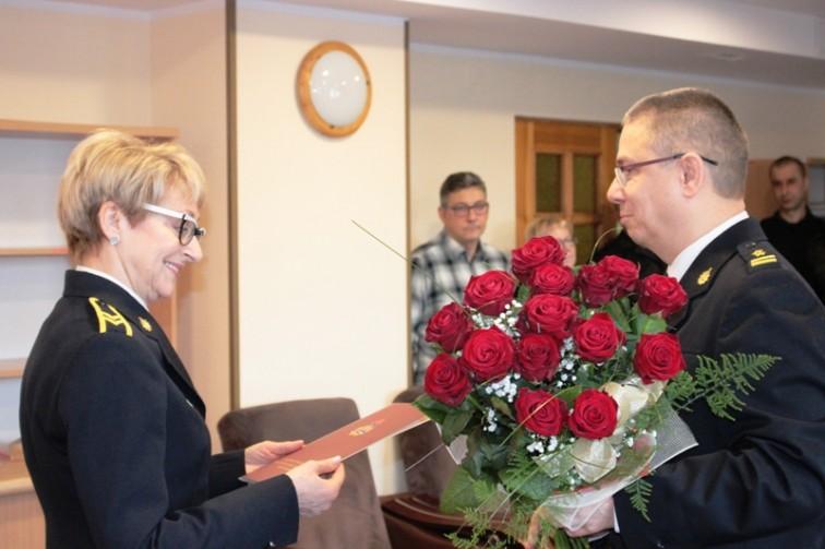 St. ogn. Janina Kamińska po 25 latach służby w straży pożegnała się z mundurem