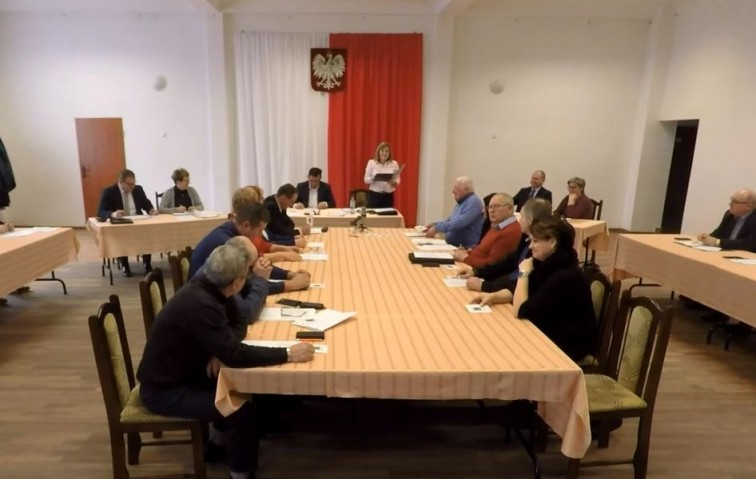 XIII sesja sprawozdawcza Rady Gminy Płoskinia - 19.06.2020