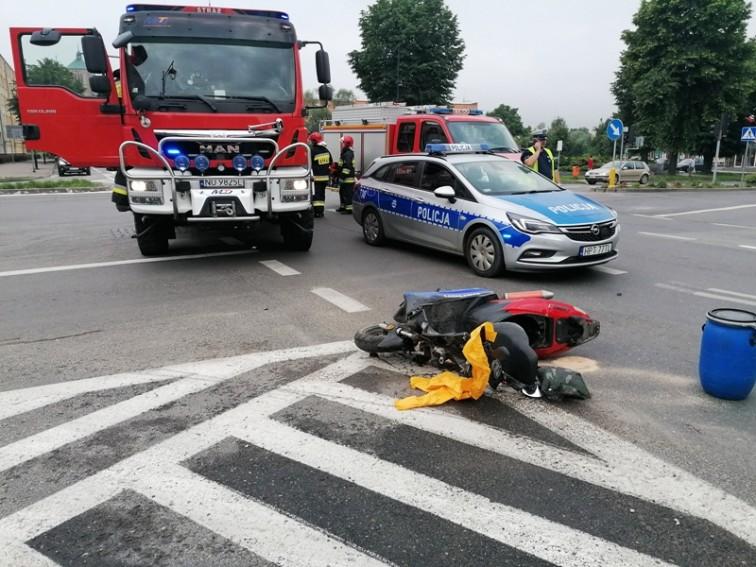 Groźny wypadek w centrum Braniewa. Policja publikuje nagranie - ku przestrodze