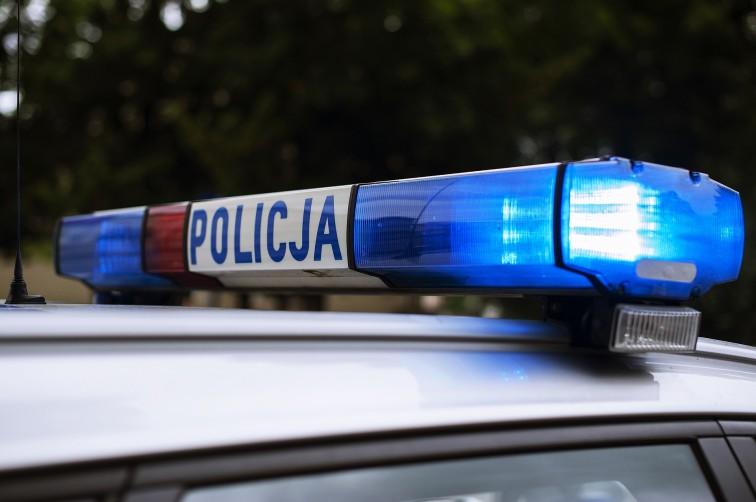 Pijany 14-latek leżał przy moście. Interweniował policjant na urlopie