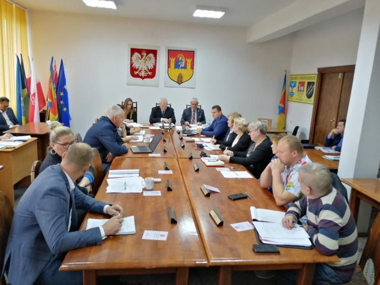 Frombork: W najbliższy czwartek sesja Rady Miejskiej we Fromborku. Czym zajmą się radni?