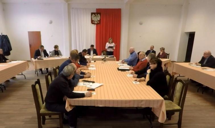 XV nadzwyczajna Sesja Rady Gminy Płoskinia