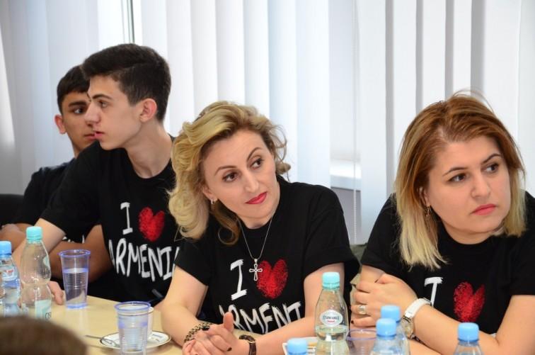 Młodzież z Armenii z wizytą w Starostwie Powiatowym