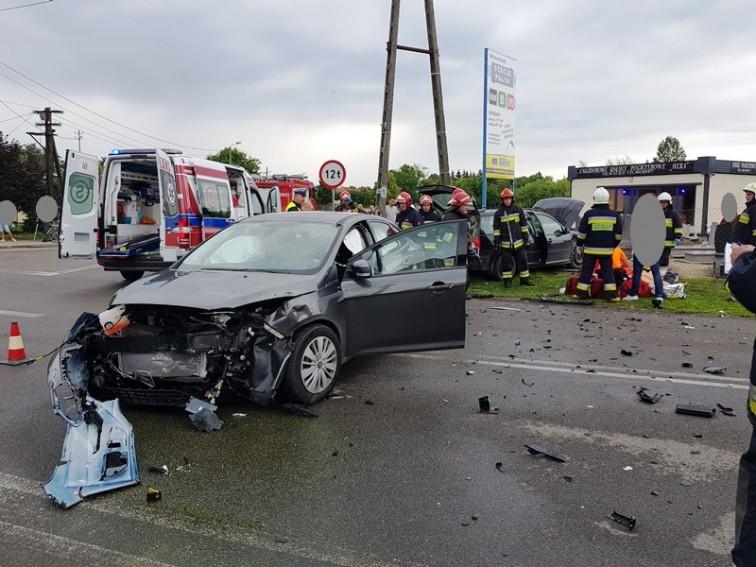 Pieniężno: Wypadek na skrzyżowaniu. Ucierpiały dwie osoby