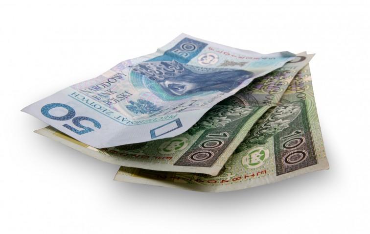Najniższe emerytury w górę. Sejm uchwalił nowe przepisy
