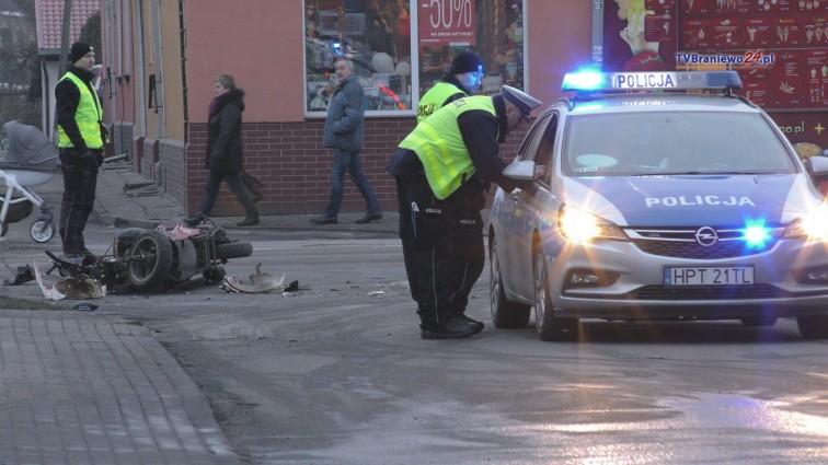 Potrącenie motorowerzysty na ul. Kościuszki. Mężczyzna trafił do szpitala