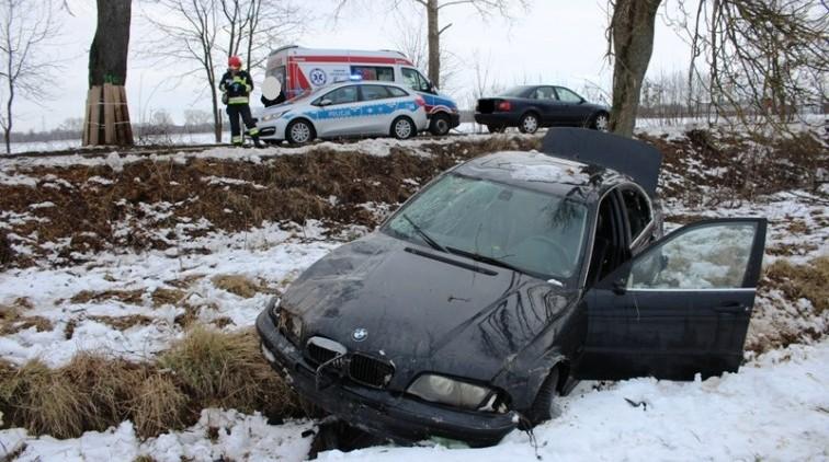 Wypadek w pobliżu Maciejewa. 18 - latka trafiła do szpitala