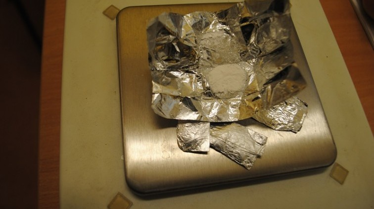 Trzymał w mieszkaniu narkotyki. 27-latek z Braniewa zatrzymany