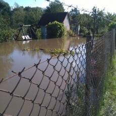 Woda zniszczyła uprawy, zalała altany, sprzęt i wyposażenie